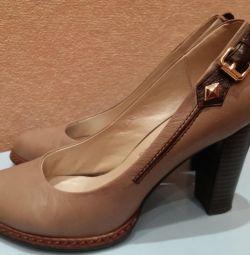 Δερμάτινα παπούτσια flona, μέγεθος 38,5