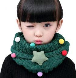 Дитячий шарф з нашивками