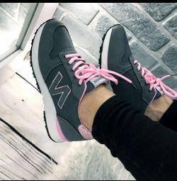 Νέα αθλητικά παπούτσια 39 r. Μετρητής