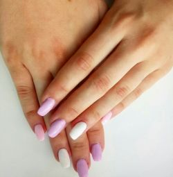 Covering Gel with varnish and Nail extensions