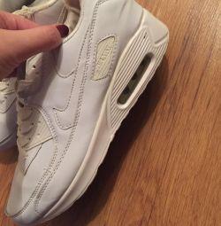 Sneakers 39-40