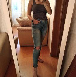 Рваные джинсы S
