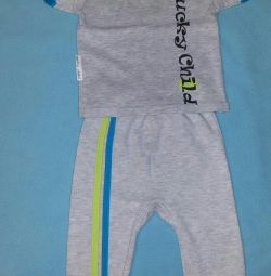 Set Lucky Child T-shirt + sliders 62-68
