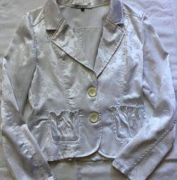 Атласный белый пиджак