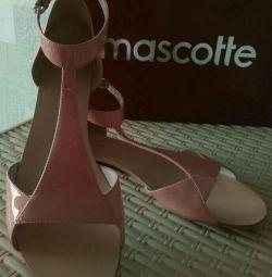 new mascotte sandals