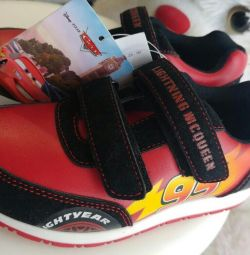 Sneakers original makkuin disney