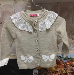 Warm beautiful sweaters for girls