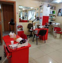Срочно нужен парикмахер(аренда или %)