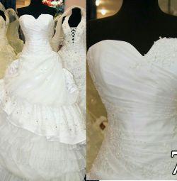 Свадебное платье новое пышное