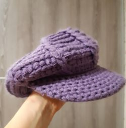 Cap (beret) knitted