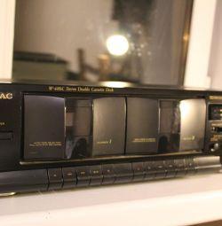 Το κασετόφωνο TEAC W-486C έγινε στην Ιαπωνία