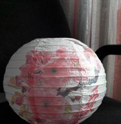Abajur. Felinar japonez de hârtie