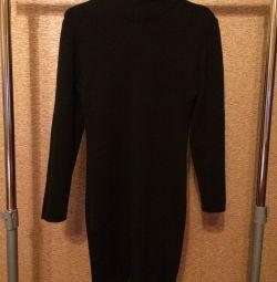 Black dress (classic)