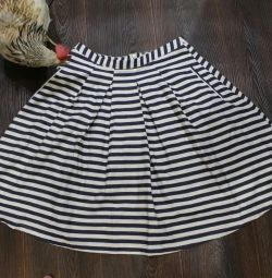 Flared skirt. R.46. Striped.