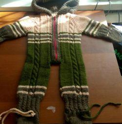 Îmbrăcăminte tricotată caldă