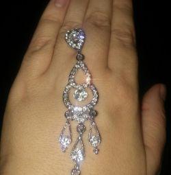 Σκουλαρίκια / κοσμήματα