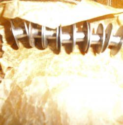 μπομπίνες για βιομηχανικές ραπτομηχανές