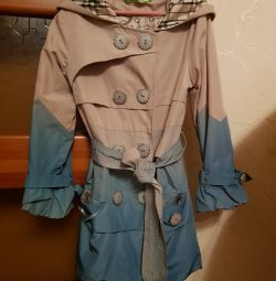 Cloak for a girl of 7-8 years