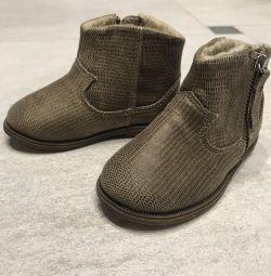 Boots Zara. New !!!!!!