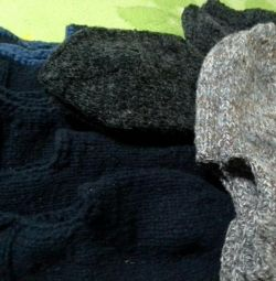 Socks and socks are knitted size from 38 to 43.