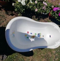 Μπάνιο για μωρά