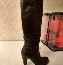 Δερμάτινες μπότες 36r