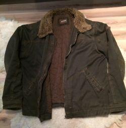 Jacheta omului Lakewood