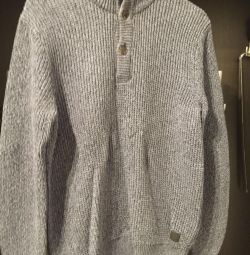 Henderson Men's Sweater
