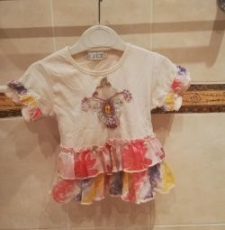 T-shirt for a girl 3-5 years