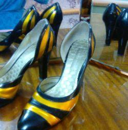 Όμορφα παπούτσια. Μέγεθος 38.5