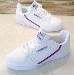 Ανδρικά παπούτσια Adidas 42,43,44