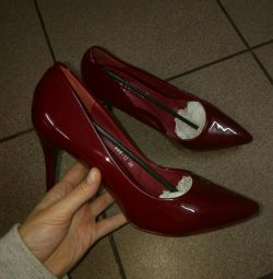 Heeled shoes 8cm heel