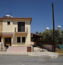 House in Tsakilero, Larnaca