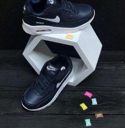 Παιδικά πάνινα παπούτσια 34 σ.