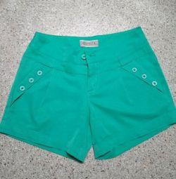 Pantaloni scurți 42-44