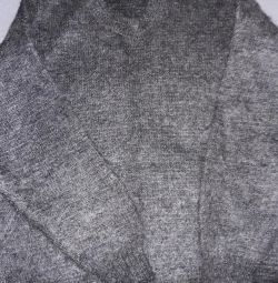 Men's sweater size 50-52.