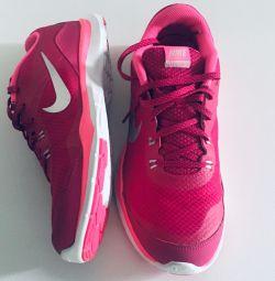 adidași noi Nike Flex