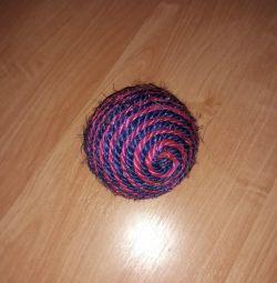 Мячик когтеточка