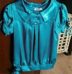 Φωτεινή σατέν μπλούζα, μέγεθος 42