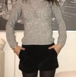 Бархатные шорты бренда Ferre