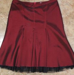 Bordeaux skirt, p. , 48-50