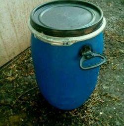 Food barrel.