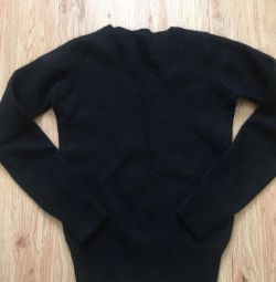 Children's pullover sweater for 5 years