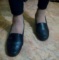 Pantofi demisecți