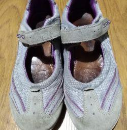 Туфли GEOX на девочку р. 33