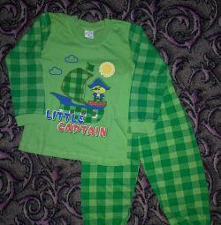 Pijamale pentru băieți. nou