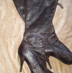 Boots demi-season genuine leather r.36-37