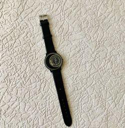 Ceasul lui Calvin Klein