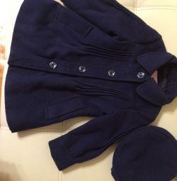 Coat with beret