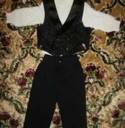 Costum de trei piese pentru băiat